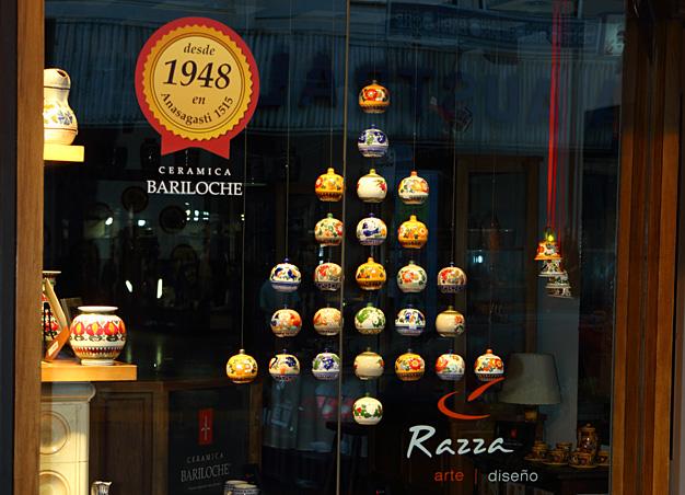 Vidriera navideña Mitre 112 Ceramica Bariloche