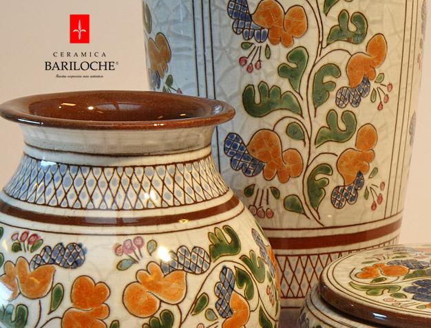 motivo-campanita-porcelana-roja